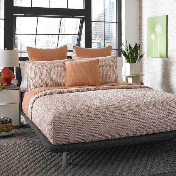 City Scene Leaves Apricot Reversible Cotton 3-piece Quilt Set