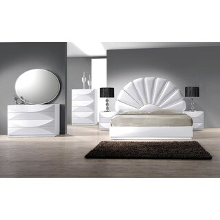Christopher Knight Home Bordeaux Gloss White 8-drawer Dresser|https://ak1.ostkcdn.com/images/products/9908975/P17067043.jpg?_ostk_perf_=percv&impolicy=medium