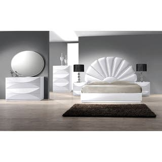 Christopher Knight Home Bordeaux Gloss White 8-drawer Dresser|https://ak1.ostkcdn.com/images/products/9908975/P17067043.jpg?impolicy=medium
