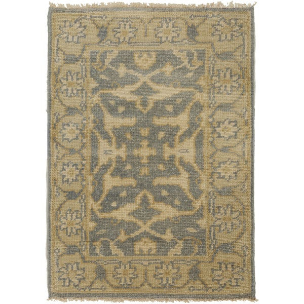 """Hand-Knotted Tyrone Floral New Zealand Wool Area Rug - 3'9"""" x 5'9"""""""