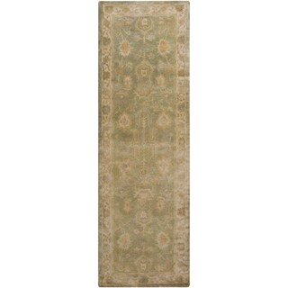 Hand-Tufted Farrah Traditional New Zealand Wool Rug (2'6 x 8')