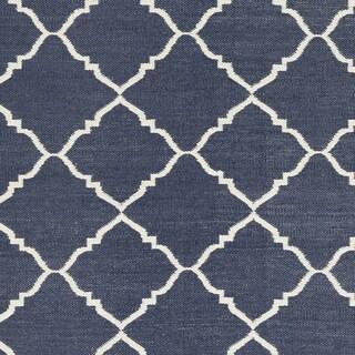 Hand-Woven Michele Moroccan Trellis PVC Rug (8' x 11')