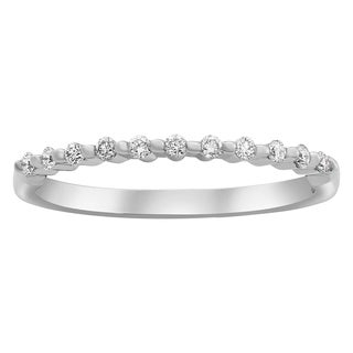 14k Gold 1/6ct TDW Diamond Shared Prong Semi Eternity Band Ring
