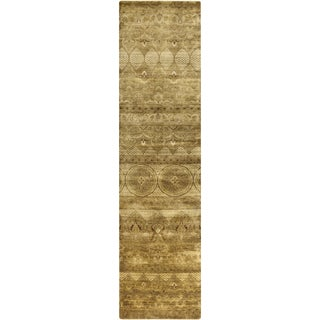 Hand-Knotted Yasmin Floral New Zealand Wool Rug (2'6 x 10')