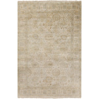 Hand-Knotted Dane Border New Zealand Wool Area Rug - 5'6 x 8'6'
