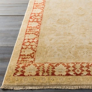 Hand-Knotted Brad Border New Zealand Wool Rug (3'9 x 5'9)