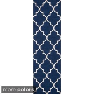 Hand-hooked Carolyn Moroccan Trellis Rug (2'3 x 7'6)