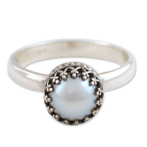 Handmade Silver 'Taxco Royalty' Cultured Pearl Sterling Silver Ring (6 mm) (Mexico)