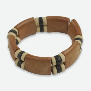 Handmade Sese Wood and Recycled Plastic 'Butterscotch' Bracelet (Ghana)