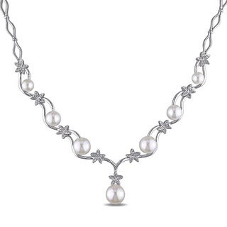 Miadora Sterling Silver Freshwater Pearl 1/10ct TDW Diamond Flower Drop Necklace (G-H, I2-I3) (5.5-9 mm)