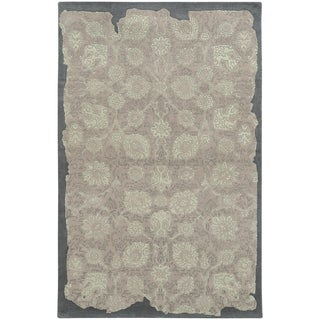 Hand-crafted Eroded Grey/ Green Wool Oriental Rug (8' X 10')