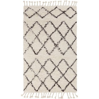 Hand-Woven Flynn Geometric Wool Rug (2' x 3')