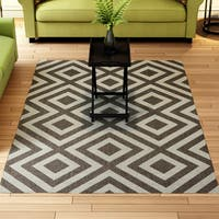 Porch & Den Allston-Brighton Sinclair Geometric Area Rug (5'3 x 7'6) - 5'3 x 7'6