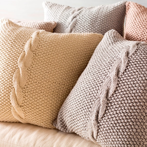 Decorative Glenrothes 22-inch Poly or Feather Down Filled Throw Pillow