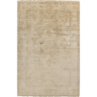 Hand-Knotted Seamus Border New Zealand Wool Rug (3'6 x 5'6)