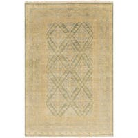 Hand-Knotted Colin Border New Zealand Wool Area Rug - 5'6 x 8'6
