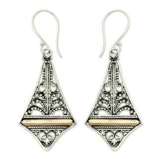 Handcrafted Gold Overlay 'Kuta Kite' Earrings (Indonesia)