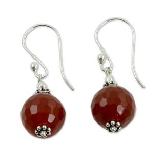 Handmade Sterling Silver 'Glorious Crimson' Agate Earrings(India)