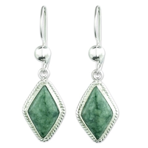Handmade Sterling Silver 'Maya Life' Jade Earrings (Guatemala)