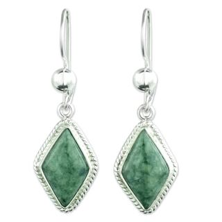 Handmade Sterling Silver 'Maya Life' Jade Earrings (Guatemala)