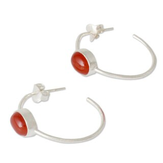 Handcrafted Sterling Silver 'Contemporary Red' Onyx Earrings (India)