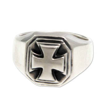 Men's Sterling Silver 'Maltese Cross' Ring (Indonesia)