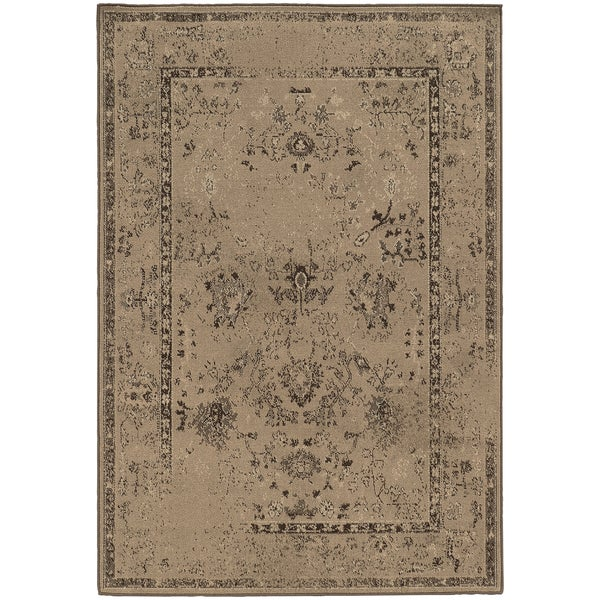 "Eroded Traditional Tan/ Brown Rug (3'10 x 5'5) - 3'10"" x 5'5"""
