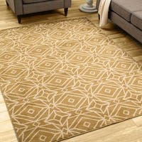 Diamond Geometric Gold/ Ivory Rug - 7'10 x 10'0