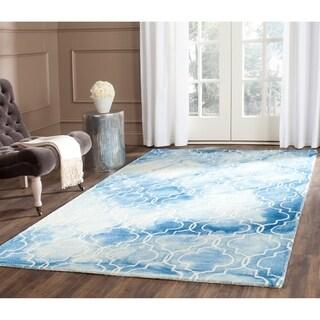 Safavieh Handmade Dip Dye Watercolor Vintage Blue/ Ivory Wool Rug (4' x 6')