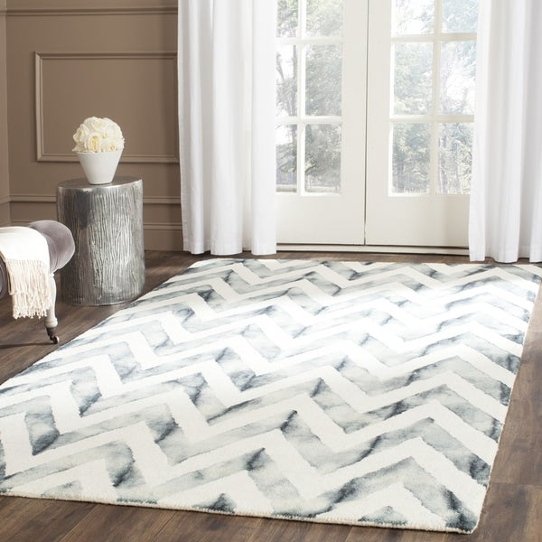 Safavieh Handmade Dip Dye Watercolor Vintage Ivory/ Grey Wool Rug (9' x 12')