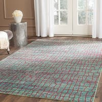Safavieh Valencia Green/ Red Distressed Silky Polyester Rug - 4' x 6'