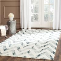 Safavieh Handmade Dip Dye Watercolor Vintage Ivory/ Grey Wool Rug (5' x 8')