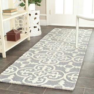 Safavieh Hand-Tufted Cambridge Silver/ Ivory Wool Rug - 2'6 x 22'