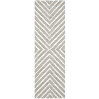 Safavieh Hand-Tufted Cambridge Silver/ Ivory Wool Rug (2'6 x 16')