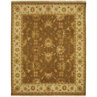 Safavieh Hand-Woven Sumak Brown/ Ivory Wool Rug - 8' x 10'