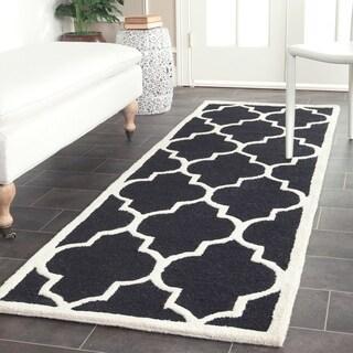 Safavieh Hand-Tufted Cambridge Black/ Ivory Wool Rug (2'6 x 14')