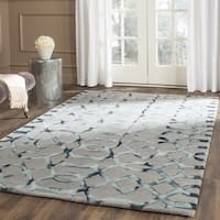 Safavieh Handmade Dip Dye Watercolor Vintage Grey/ Charcoal Wool Rug - 7' Square
