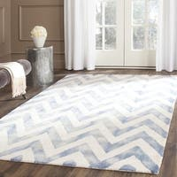 Safavieh Handmade Dip Dye Watercolor Vintage Ivory/ Blue Wool Rug - 7' x 7' Square