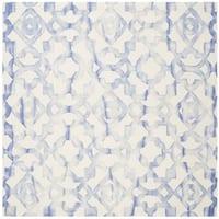 Safavieh Handmade Dip Dye Watercolor Vintage Ivory/ Blue Wool Rug - 7' x 7' Square