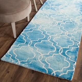 Safavieh Handmade Dip Dye Watercolor Vintage Blue/ Ivory Wool Rug (2'3 x 10')