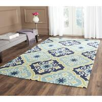 Safavieh Hand-Hooked Four Seasons Navy / Light Blue Polyester Rug - 3'6 x 5'6