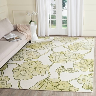 Safavieh Handmade Dip Dye Watercolor Vintage Ivory/ Light Green Wool Rug (8' x 10')
