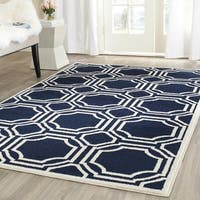 Safavieh Indoor/ Outdoor Amherst Navy/ Ivory Rug (6' x 9')
