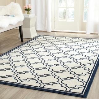 Safavieh Indoor/ Outdoor Amherst Ivory/ Navy Rug (6' x 9')