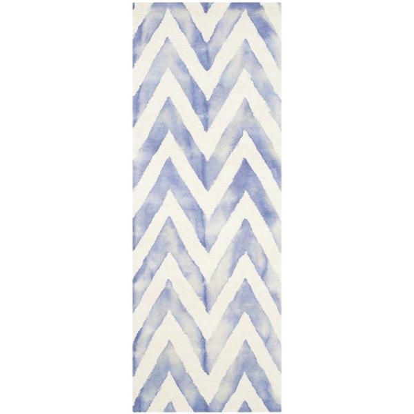 Safavieh Handmade Dip Dye Watercolor Vintage Ivory/ Blue Wool Rug (2'3 x 10')
