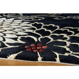 Koi Chrysanthemum Hand-tufted Wool Rug (8' x 11')