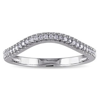 Miadora 10k White Gold 1/6ct TDW Diamond Contour Wedding Band (G-H, I1-I2)