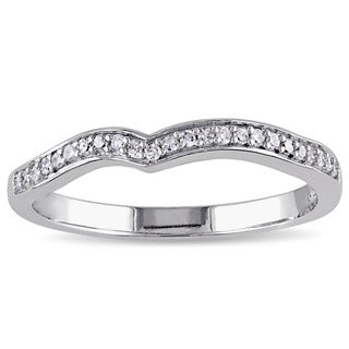 Miadora 10k White Gold 1/6ct TDW Diamond Contour Anniversary-style Stackable Wedding Band (G-H, I2-I3)