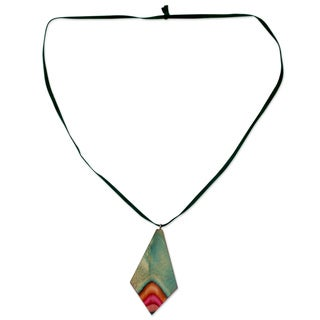 Handcrafted Leather Elm Wood 'Splashing Holi' Necklace (India)