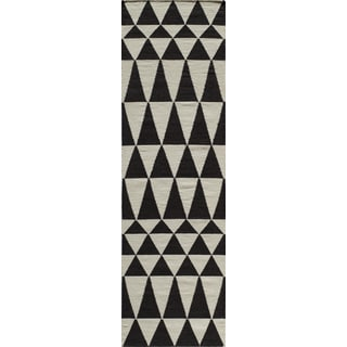 Mersa Triangles Reversible Flat Weave Wool Dhurrie Area Rug (2'3 x 8')